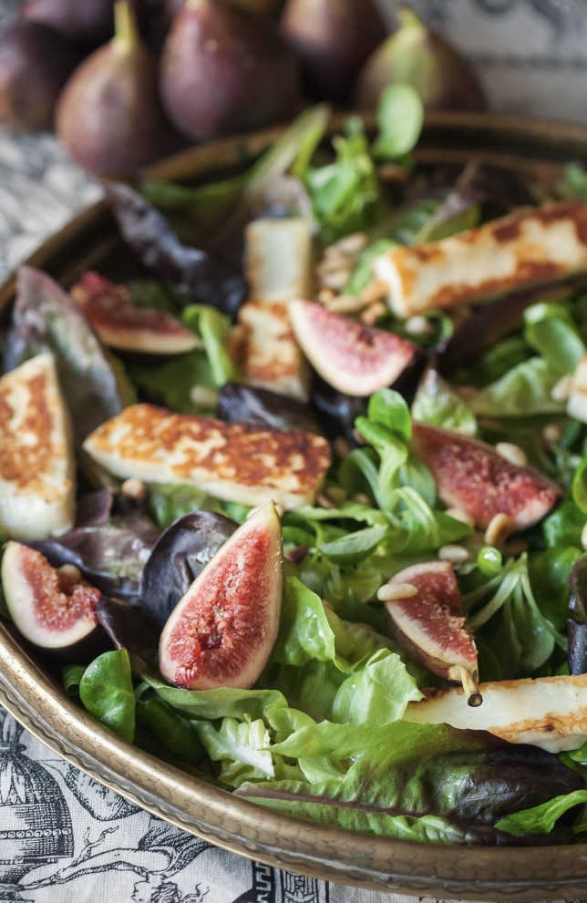 Fig and halloumi winter salad on a platter