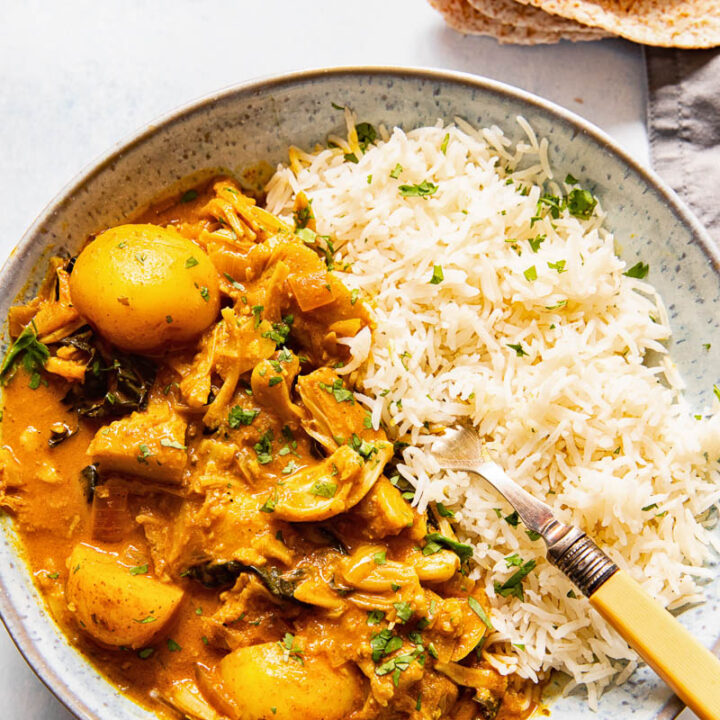 Bowl with rice and jackfruit curry